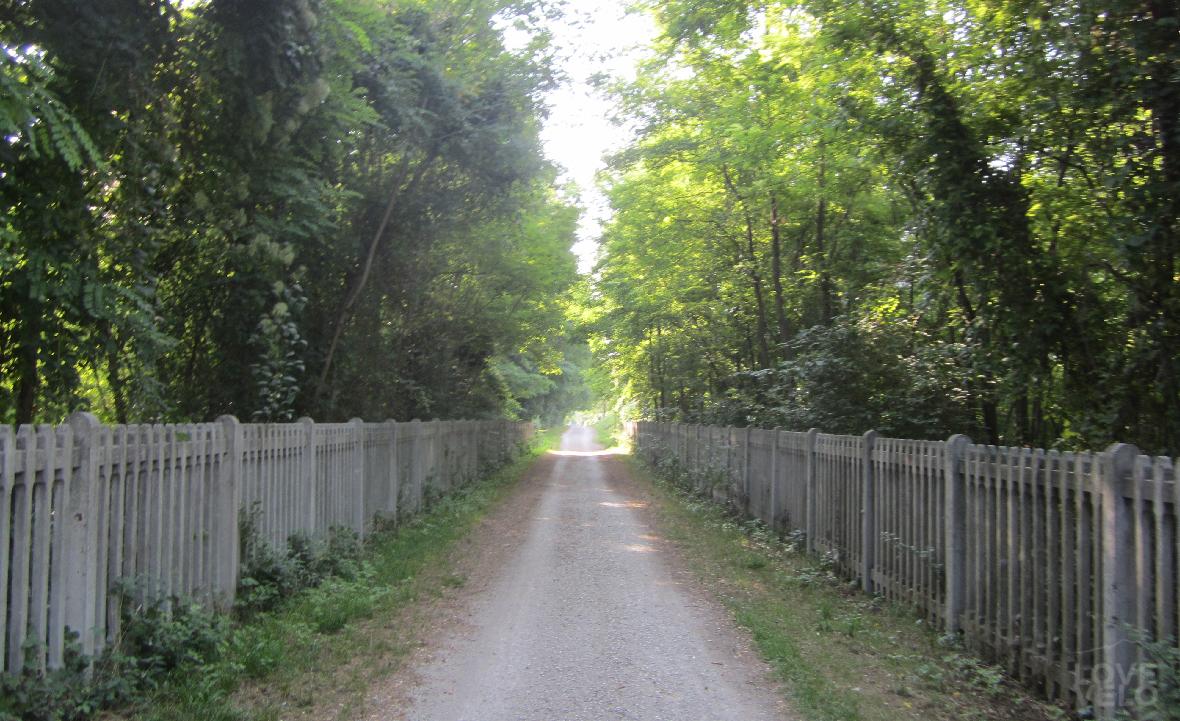 strada della vecchia ferrovia